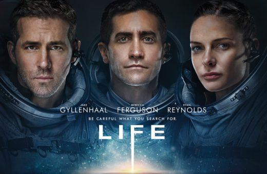 Jake Gyllenhaal und Ryan Reynolds in Life